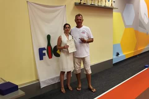 Veronika David und Ferenc Karsai, Präsident von Szegedi TE